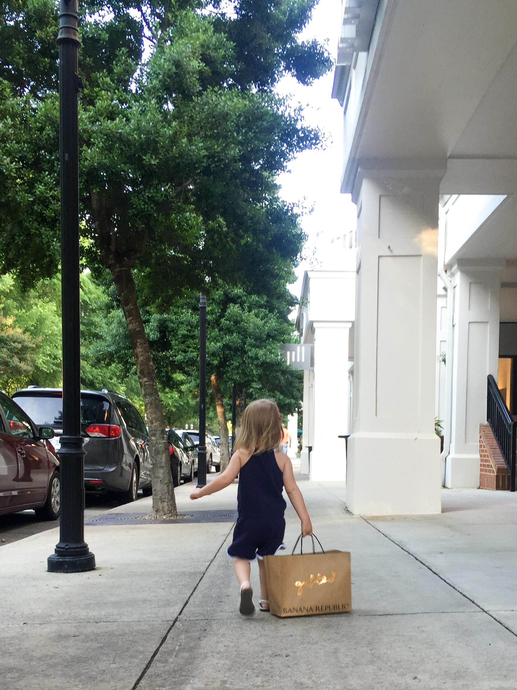 birkdale-village-huntersville-nc-toddler-shopping
