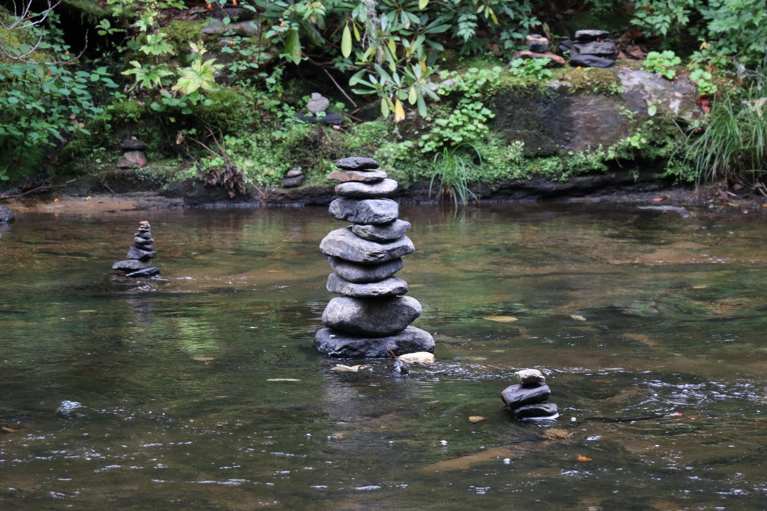 triple-falls-nc-rocks