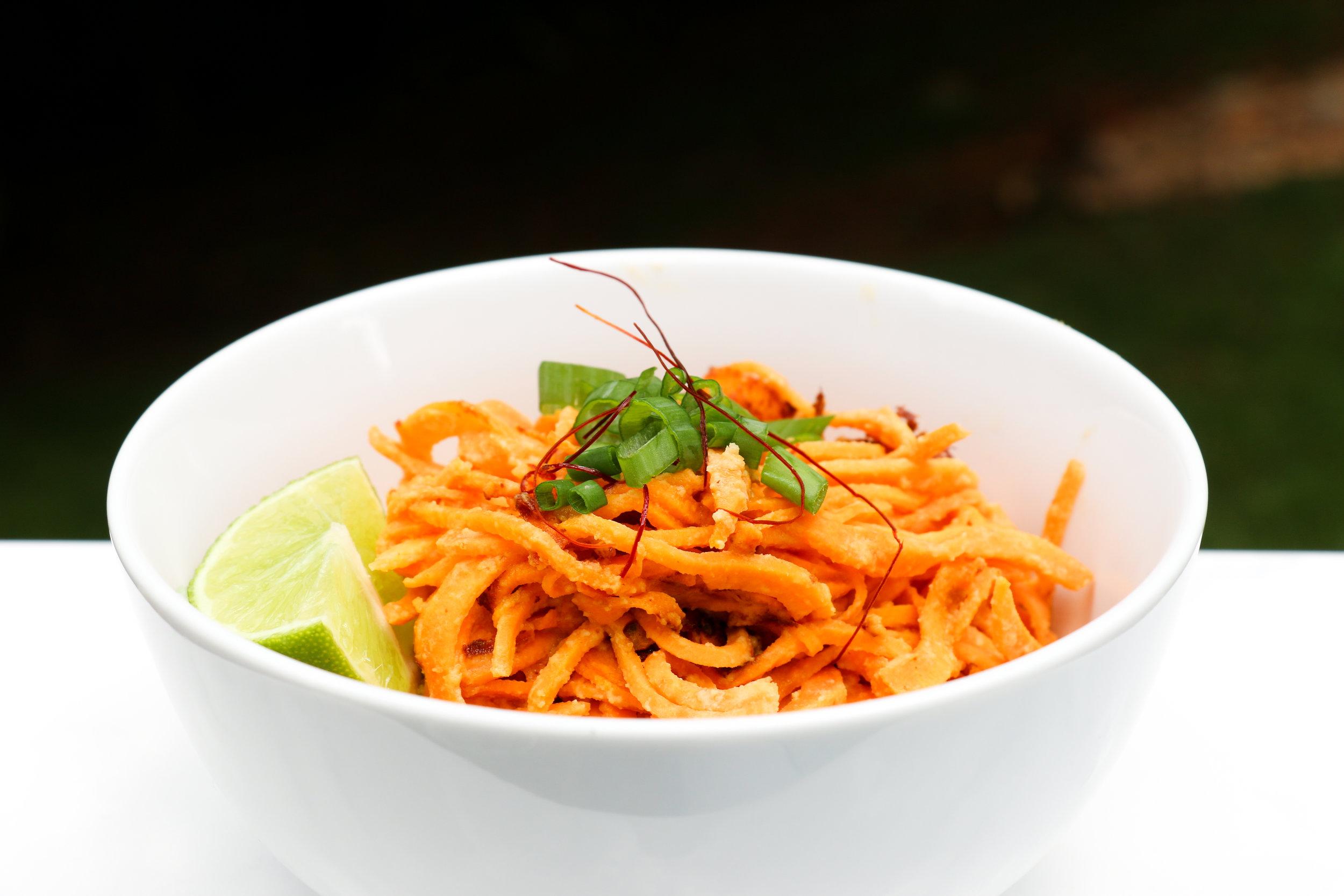 big-10-paleo-spiralizer-cookbook-megan-flynn-peterson-thai-almond-sweet-potato-noodle-bowl