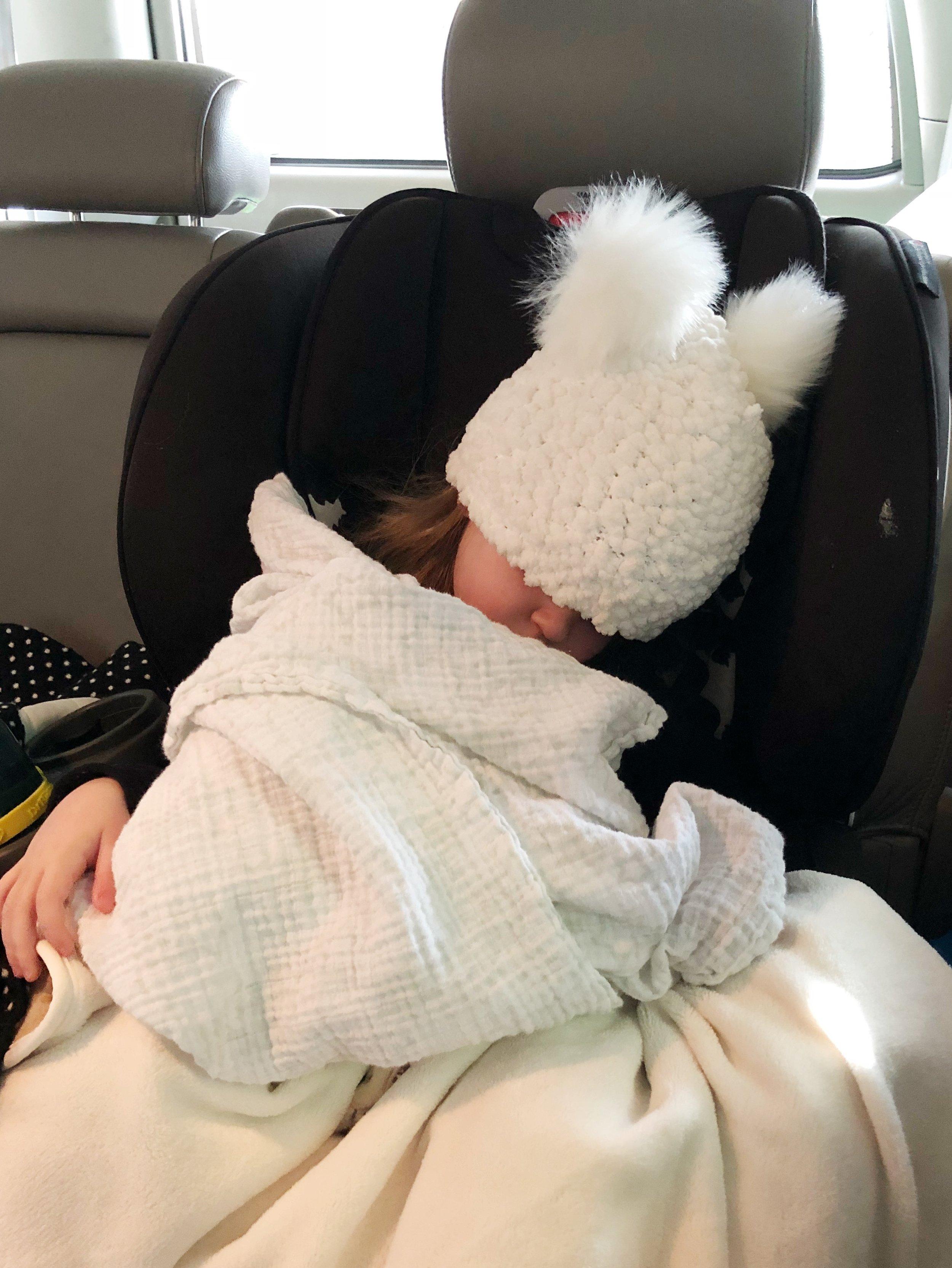 sleeping-toddler-in-britax-marathon