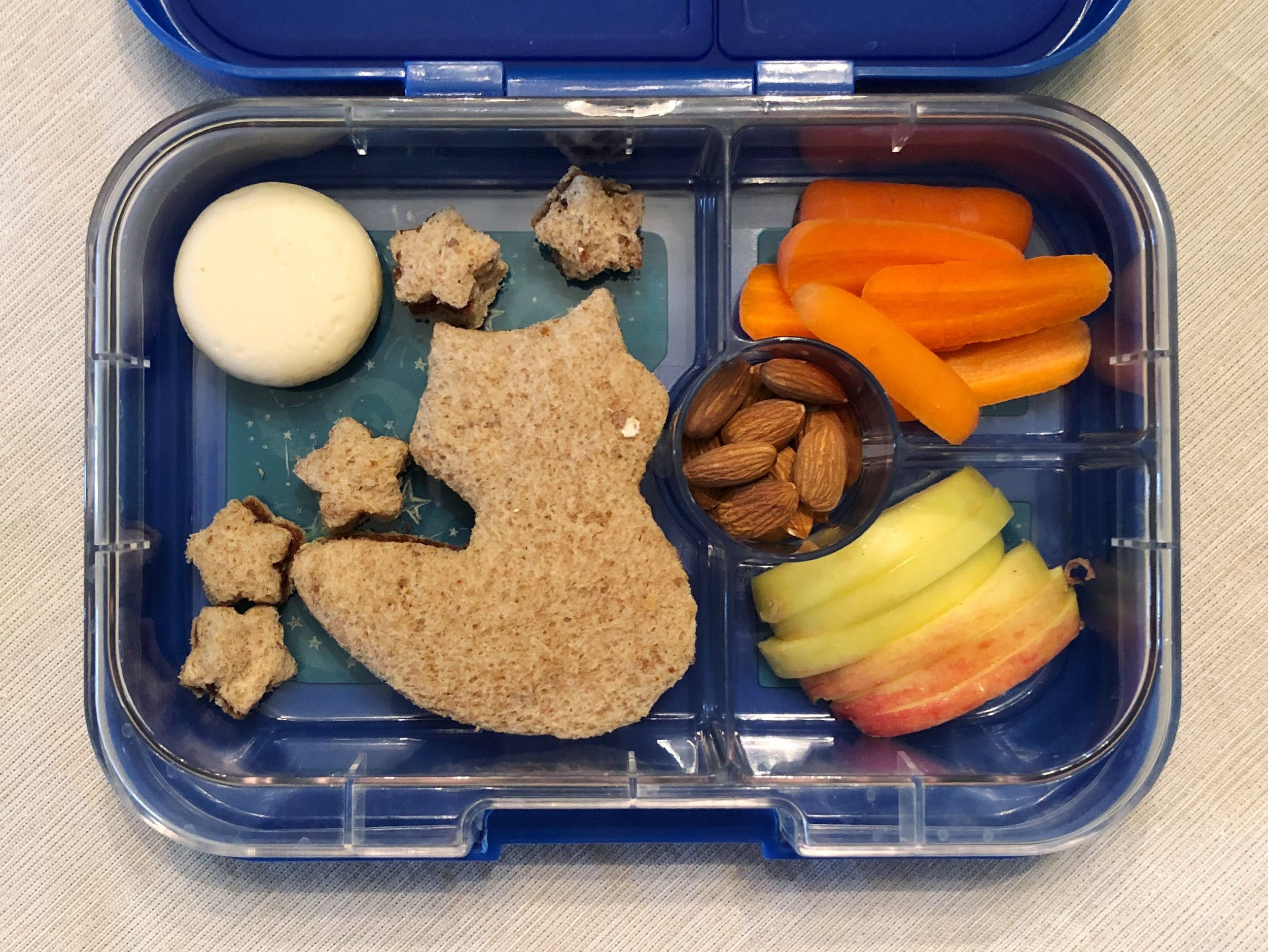 toddler-bento-box-lunch-feb2