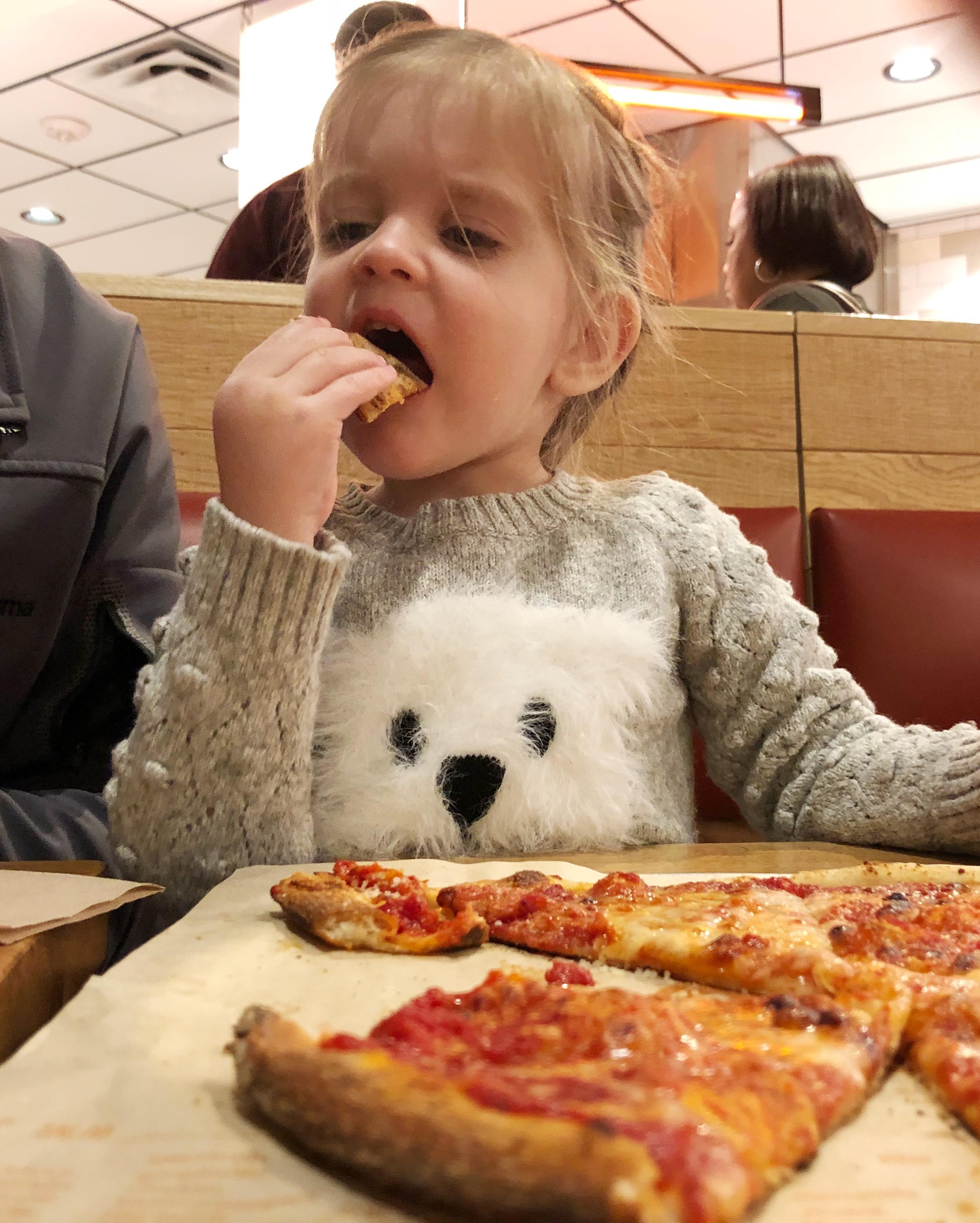 baby-eats-blaze-pizza
