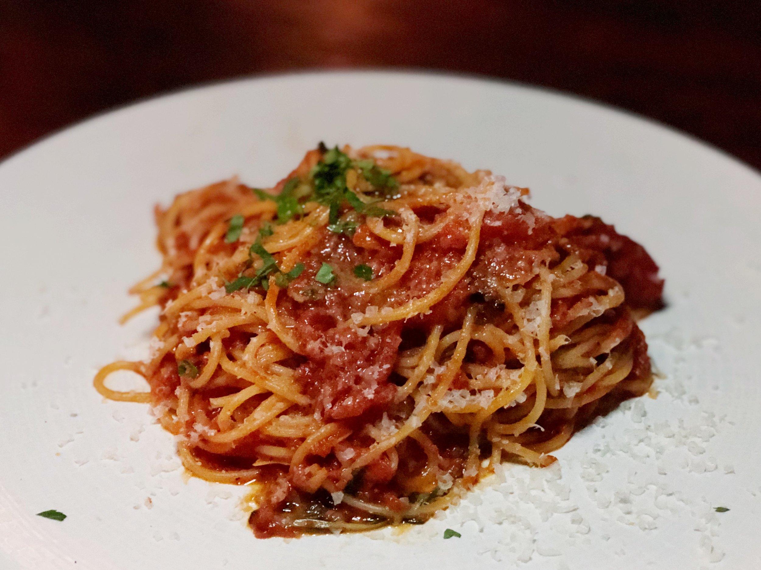 Spaghetti |tomato-basil-garlic sauce, parmesan