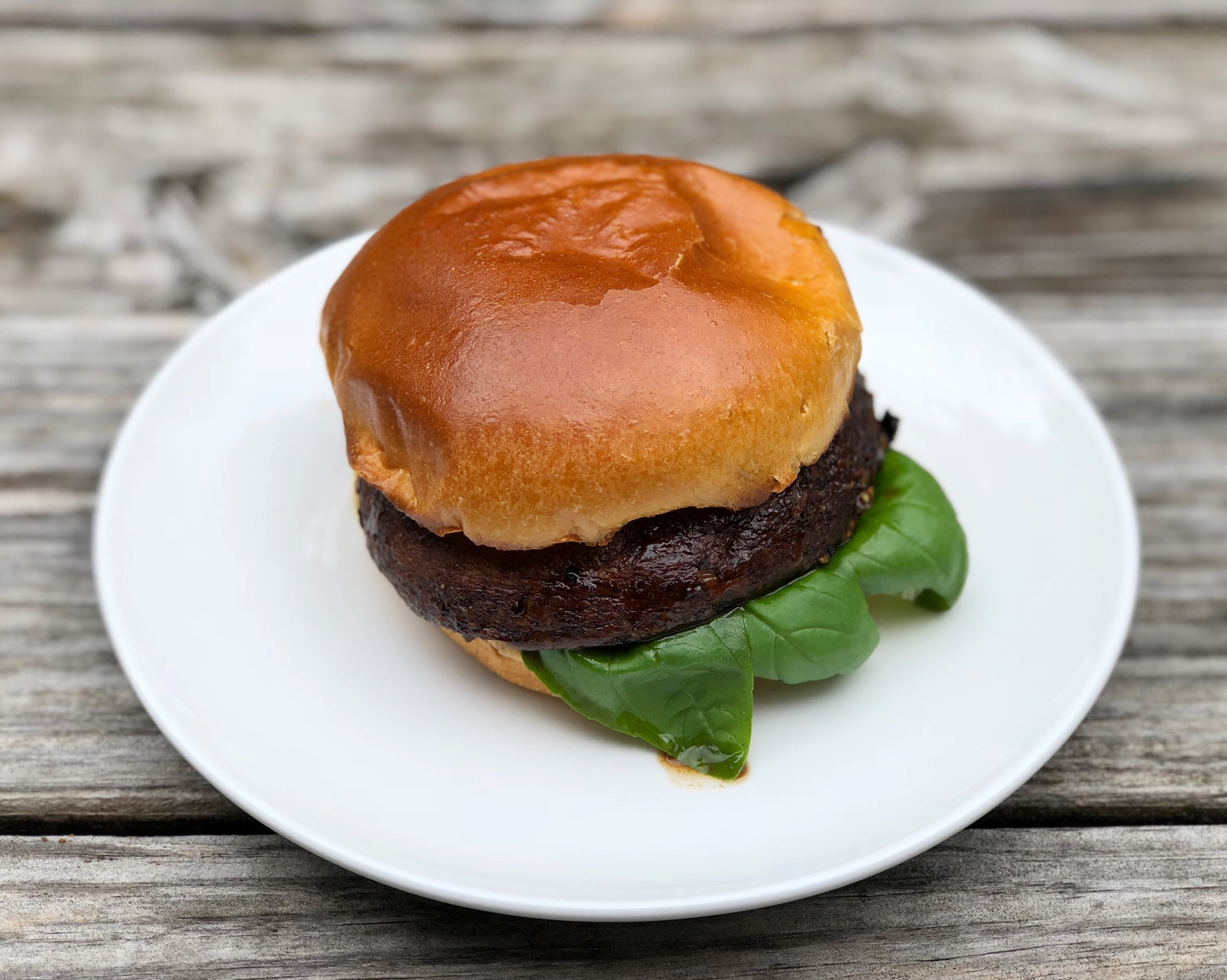 grilled-marinated-portobello-mushroom-caps-burger