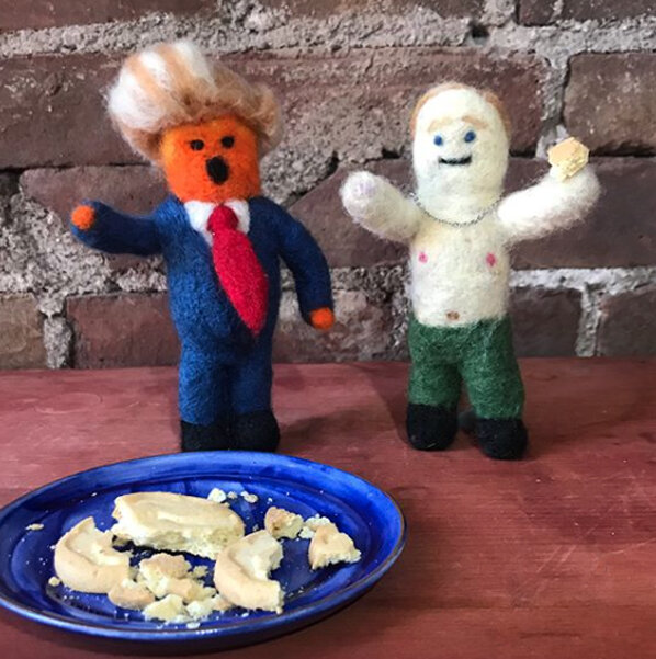 "Little Trump ""Who ate my @&$# cookies 🍪 "" Little Putin ""  wouldn't eat them."""