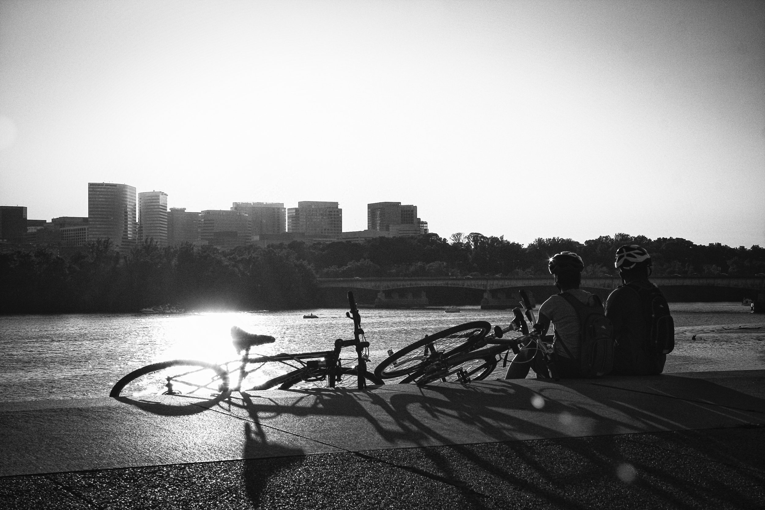 Cyclists on the bank of the Potomac, Washington, DC.