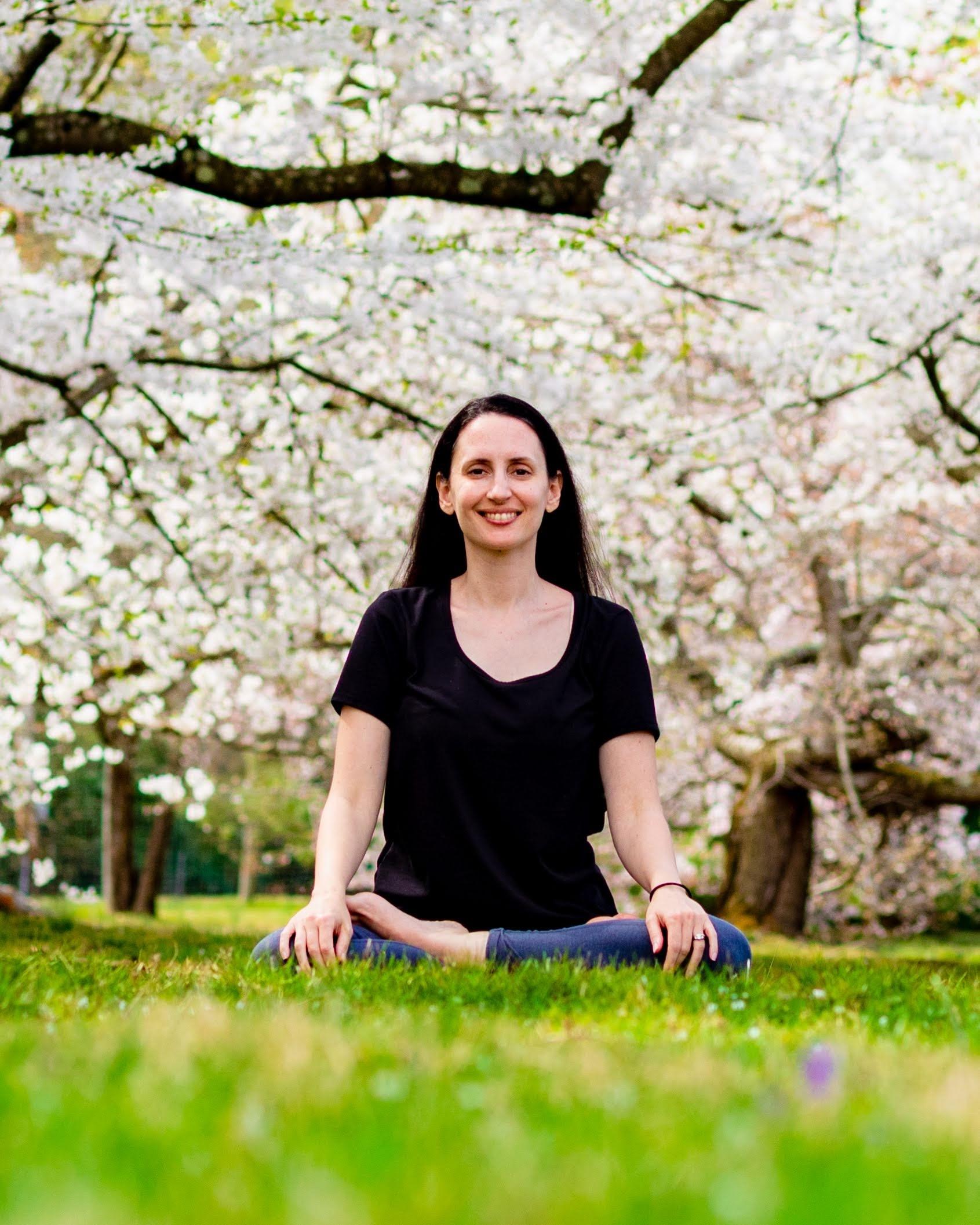 Kelly, Yoga Instructor