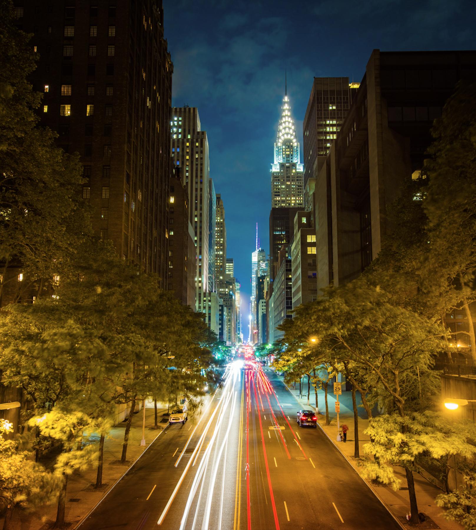 42 улица ночью.jpg