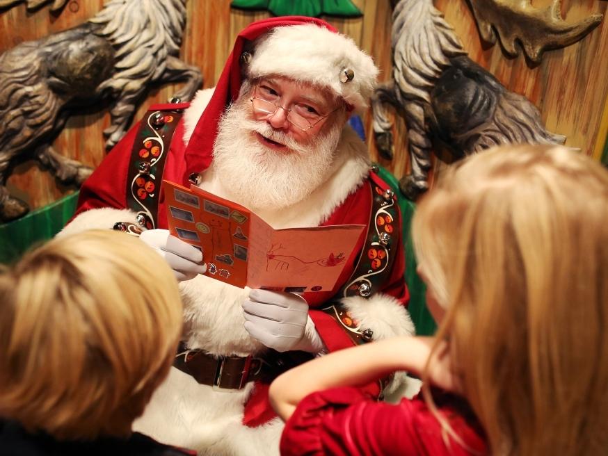 Санта Клаус в Macy's - Santaland at Macy's Herald Sq.8-ой этаж24 Ноября 2018 - 24 Декабря 2018С 10:00 до 22:00В самом центре оживленного Нью-Йорка Вы можете попасть