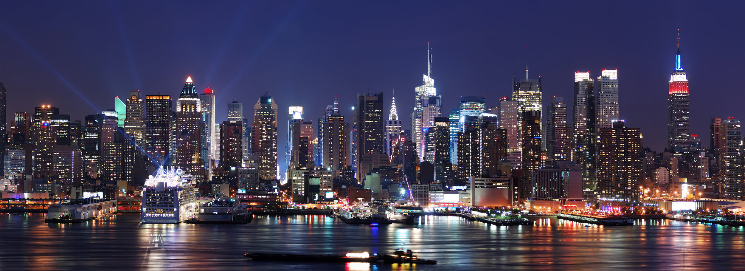 Вечерняя панорама Нью-Йорка.jpg