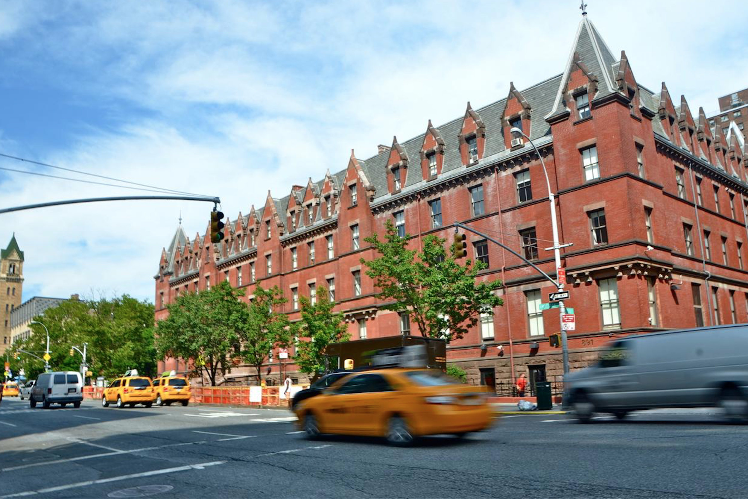 Hi NYC Hostel 5.jpg