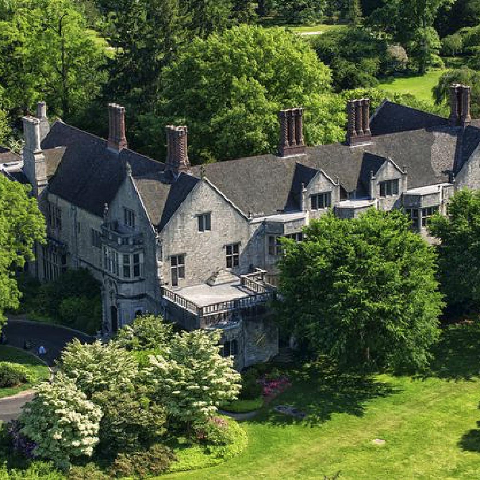 Сады особняка Coe Hall - Тур по территории