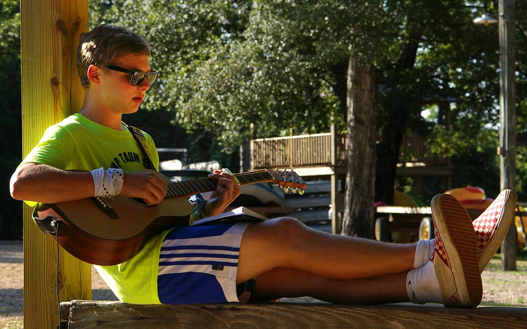 boy guitar.jpg