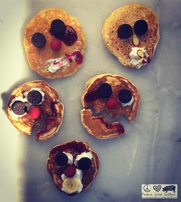 Scary_Face_Pancakes.jpeg