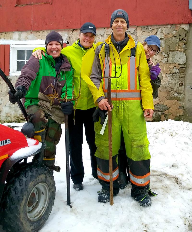 Volunteer work day winter.jpg