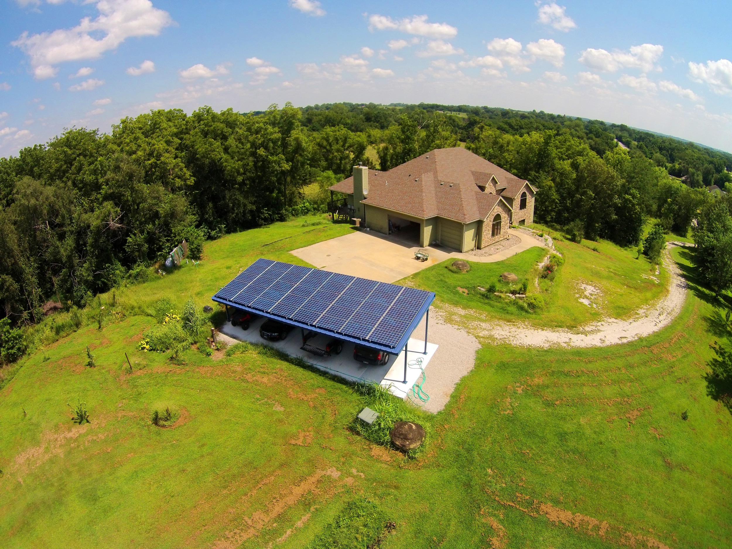 A residential solar array installed on a car port © 2015 Cromwell Environmental