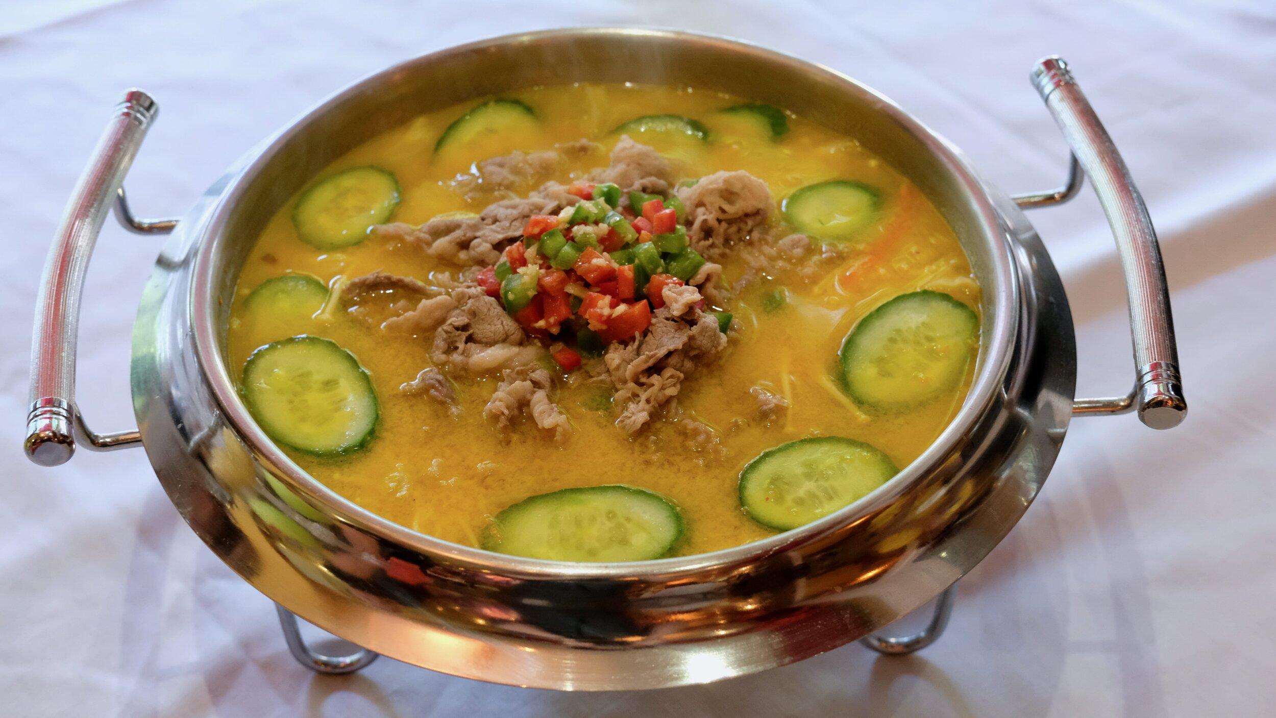 Sour Soup w Fatty Beef low-min.jpg
