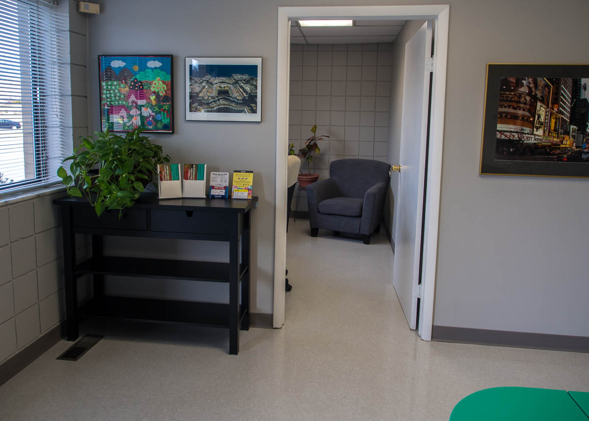 Altucare-Primary-Family-Doctor-Waiting-Room-Entry