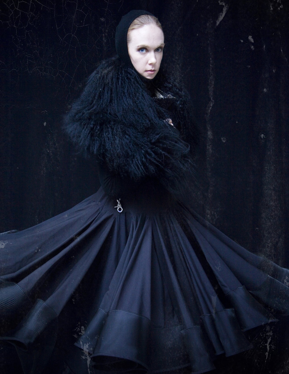 ALT=%22COLLECTION-01-BLACK-COUTURE-ALPACA-FUR-SKIRT-02%22.jpg
