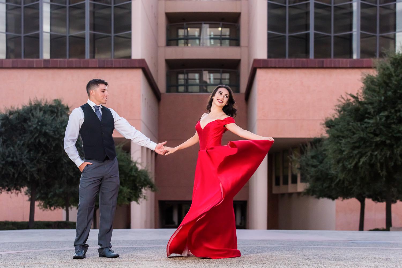 wedding_dancers_dancing_orange_county_santa_ana_courthouse_photographer_irvine_laguna_beach_newport_huntington_photography.jpg