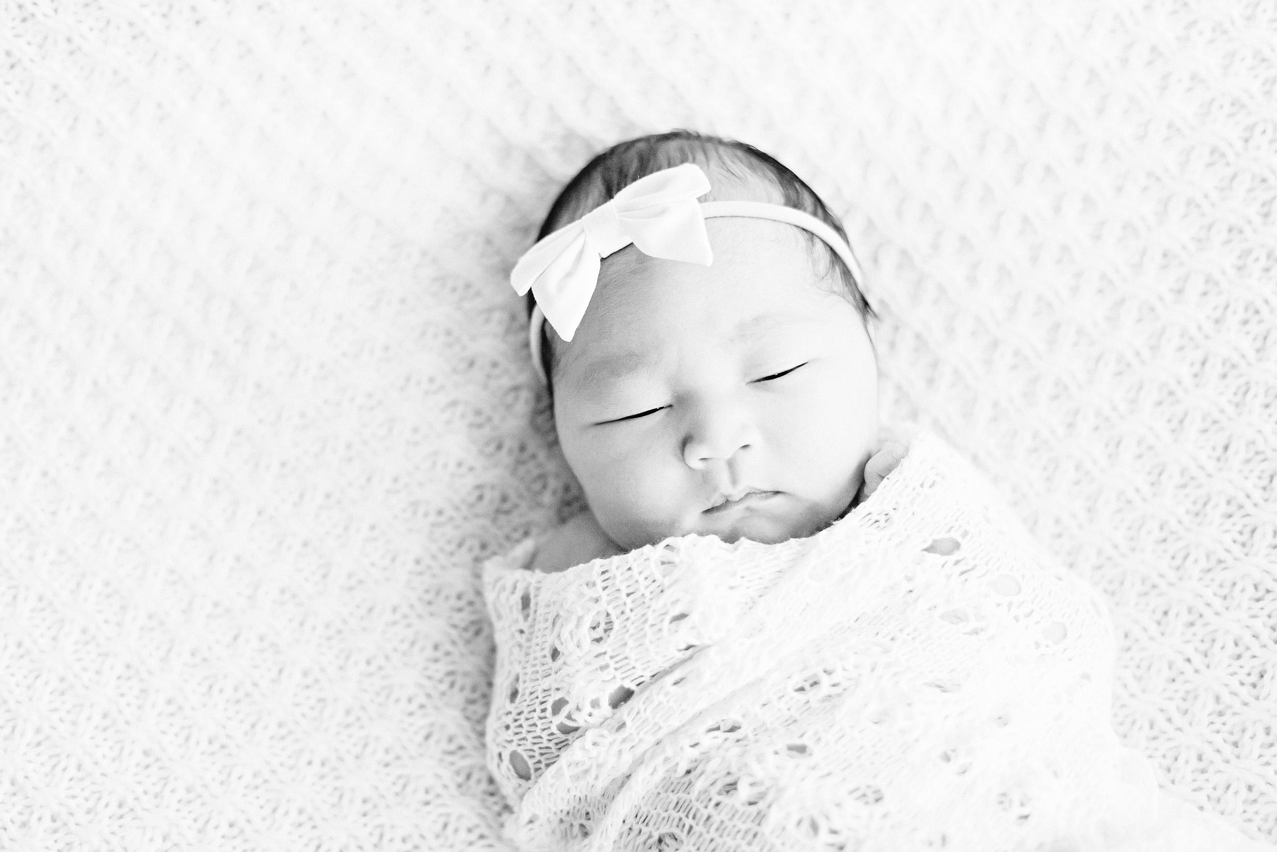 Cassie Schott Photography_Houston_Chicago_Lifestyle Newborn Photographer