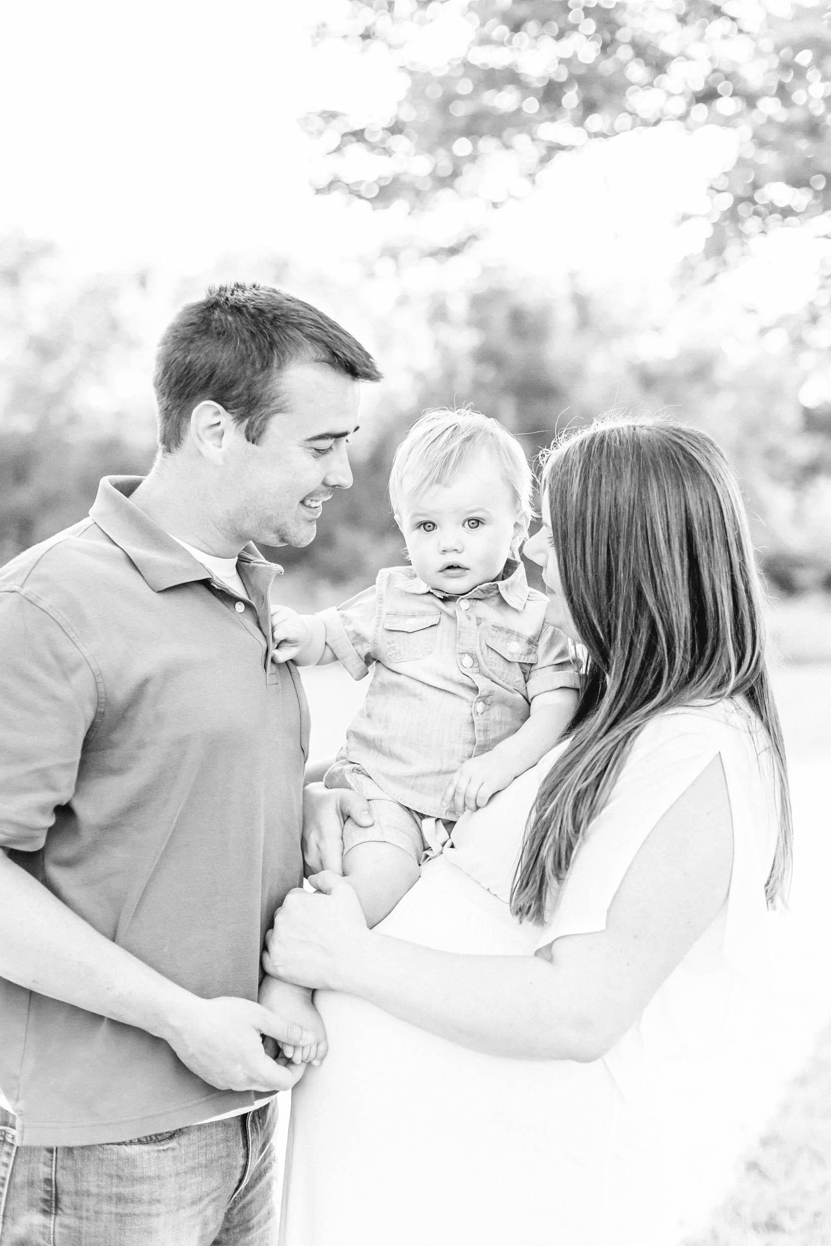 Cassie Schott Photography_Algonquin Family Photographer_Maternity Session.jpg