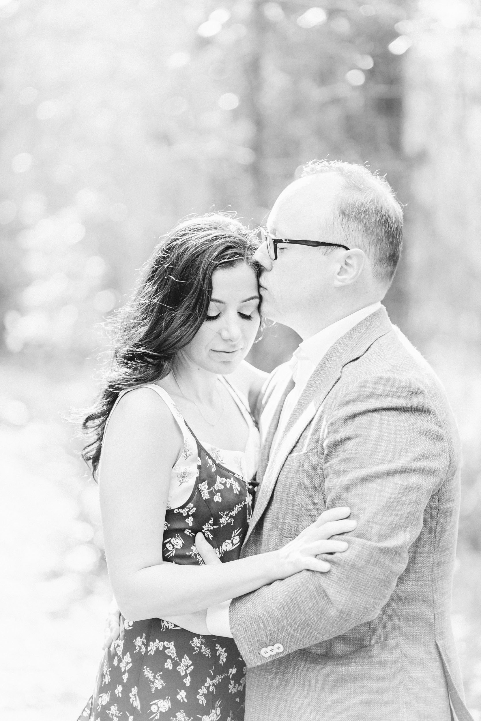 Cassie Schott Photography_Houston and Chicago Portrait Photographer_Engagement Sessions and Anniversary Sessions_9.jpg