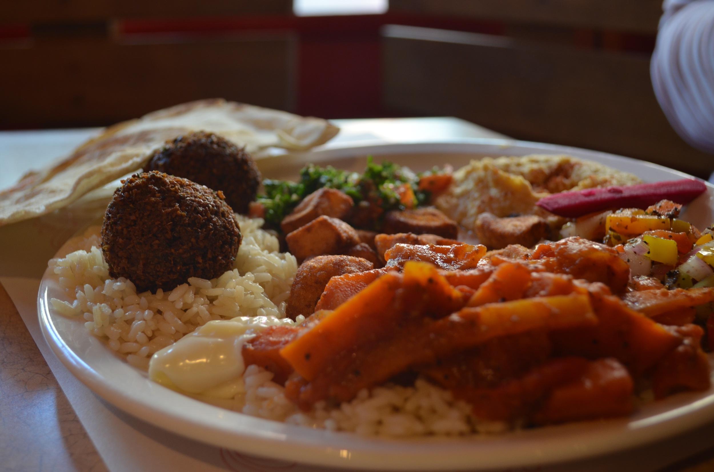 The falafel plate at Bashir