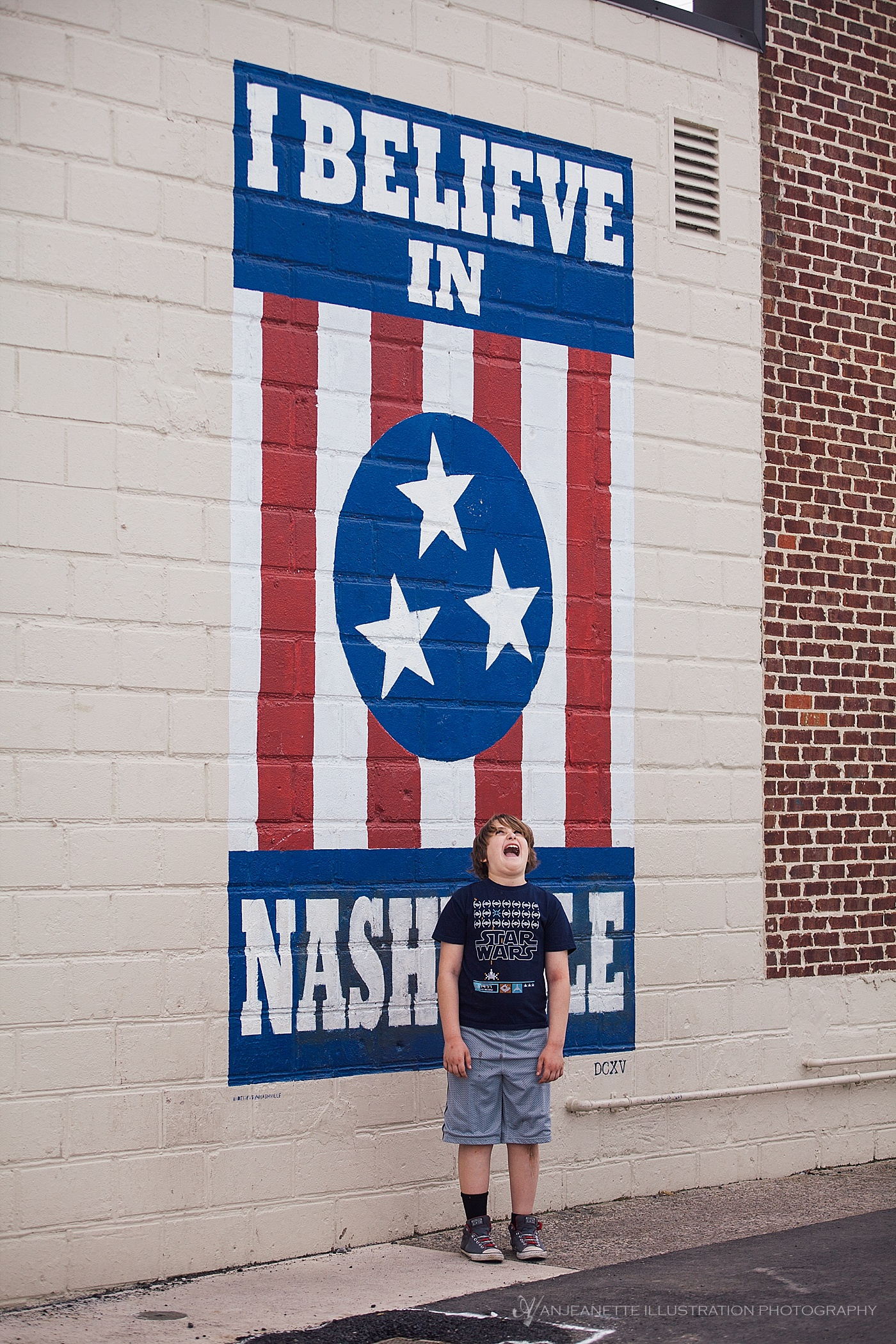 Is a trip to Nashvegas complete without n I Believe In Nashville photo?