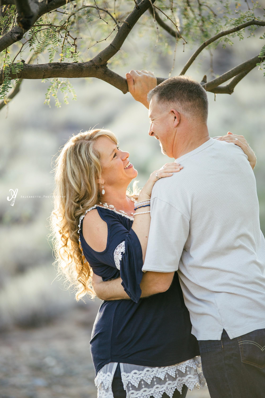 family pictures Peoria & Phoenix Arizona by children photo portrait artist Anjeanette Photography Glendale Az