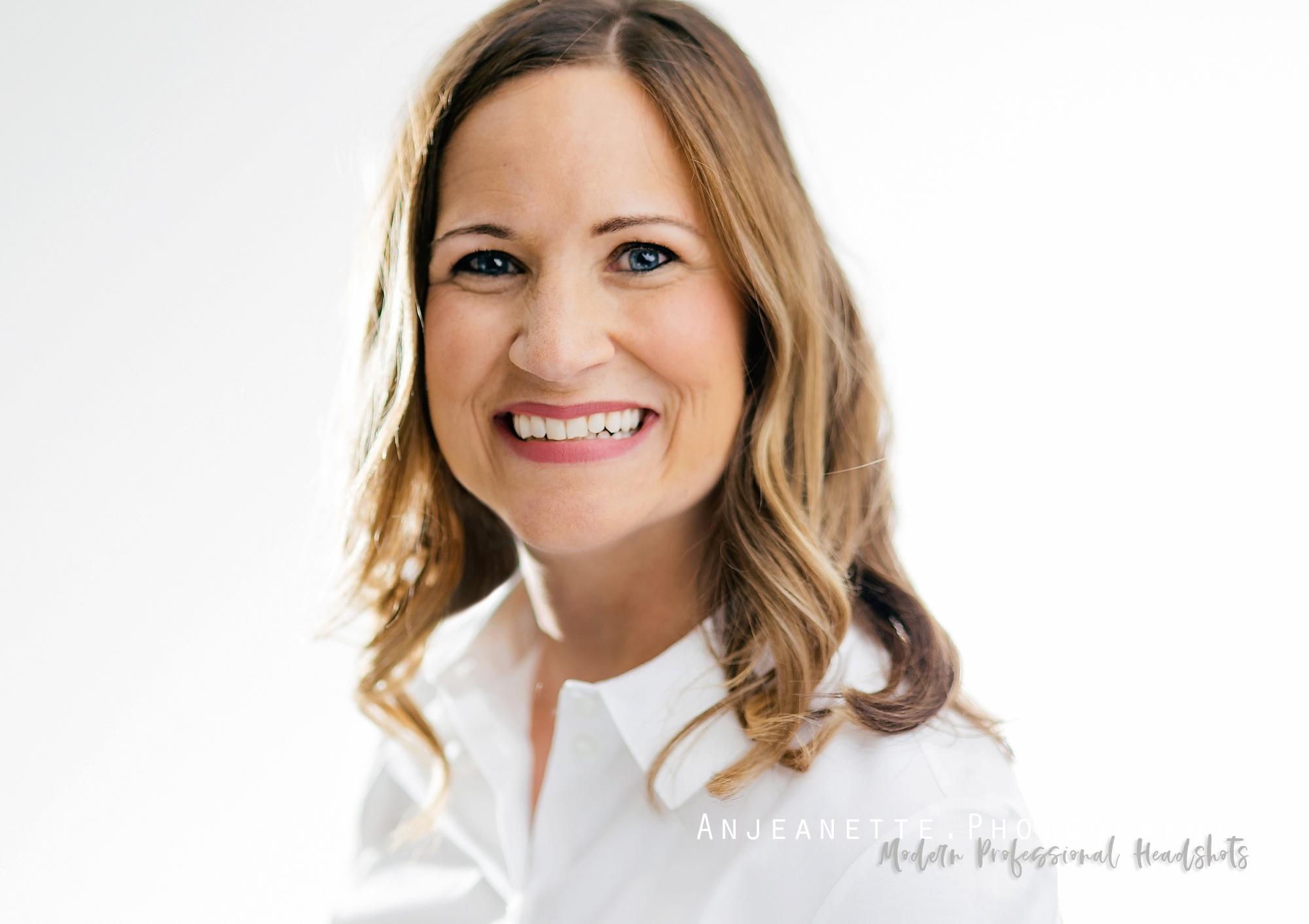 Peoria Az professional business headshots by Anthem Glendale Az portrait photographer Anjeanette Photography Phoenix