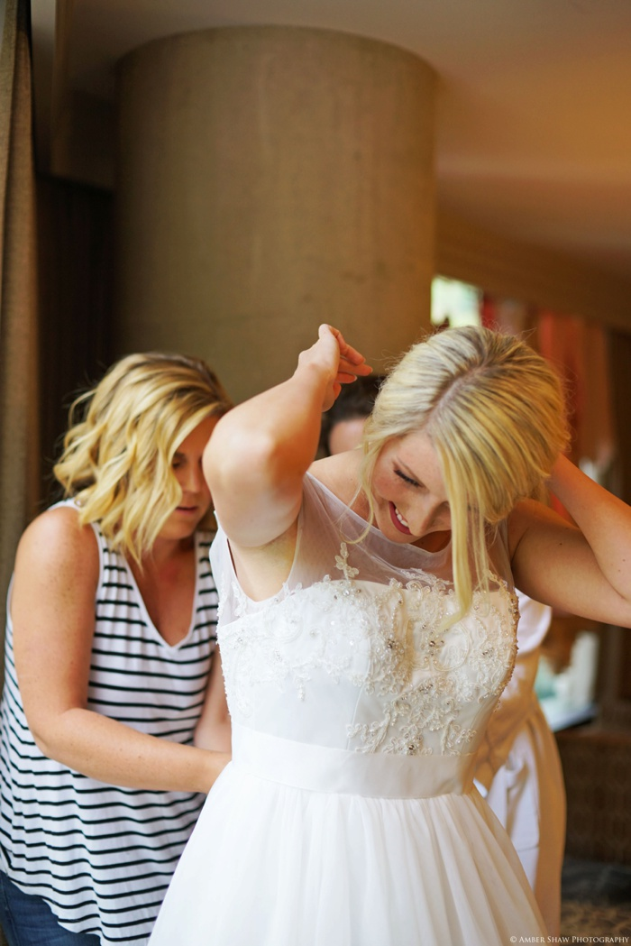 Snowbird_Cliff_Lodge_Wedding_Utah_Photographer_0020.jpg