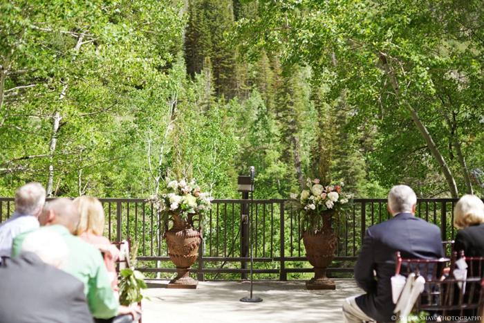 Snowbird_Cliff_Lodge_Wedding_Utah_Photographer_0036.jpg