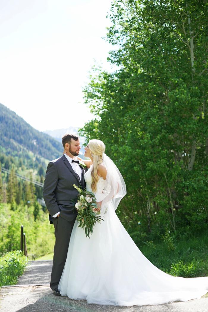 Snowbird_Cliff_Lodge_Wedding_Utah_Photographer_0057.jpg