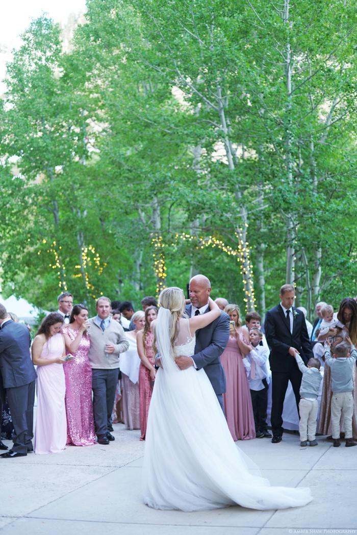 Snowbird_Cliff_Lodge_Wedding_Utah_Photographer_0105.jpg