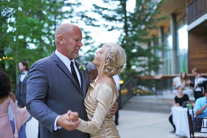 Snowbird_Cliff_Lodge_Wedding_Utah_Photographer_0115.jpg