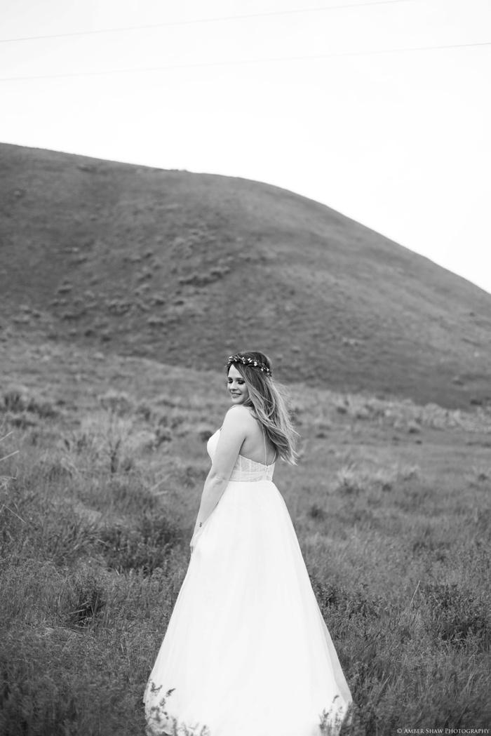 Wildflower Bridal_Session_Utah_Wedding_Photographer_0016.jpg
