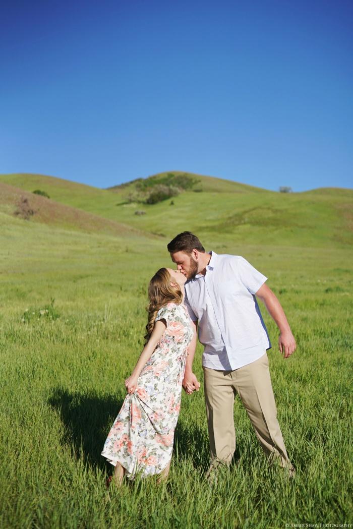Summertime_Engagement_Utah_Wedding_Photographer_0012.jpg