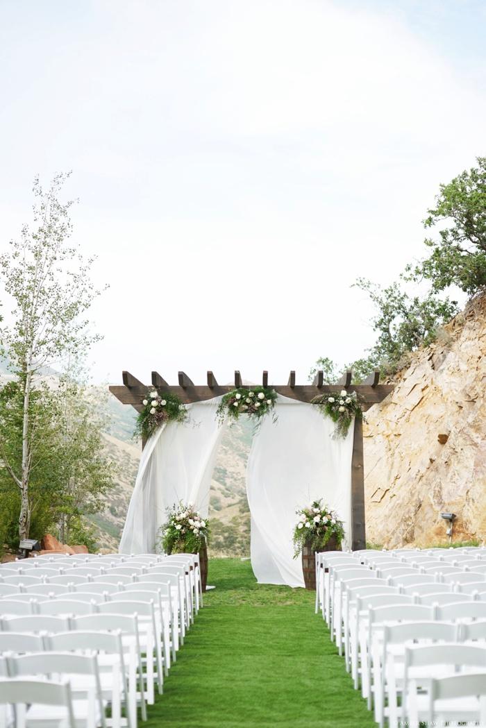 Louland_Falls_Vegan_Wedding_Utah_Photographer_0016.jpg
