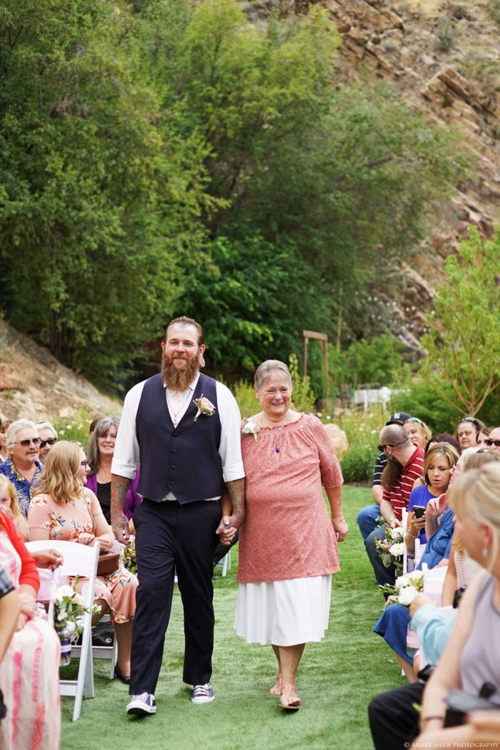 Louland_Falls_Vegan_Wedding_Utah_Photographer_0024.jpg