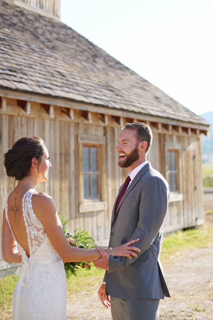 Barn_Nature_Bridal_Groomal_First_Look_Utah_Wedding_Photographer_0003.jpg
