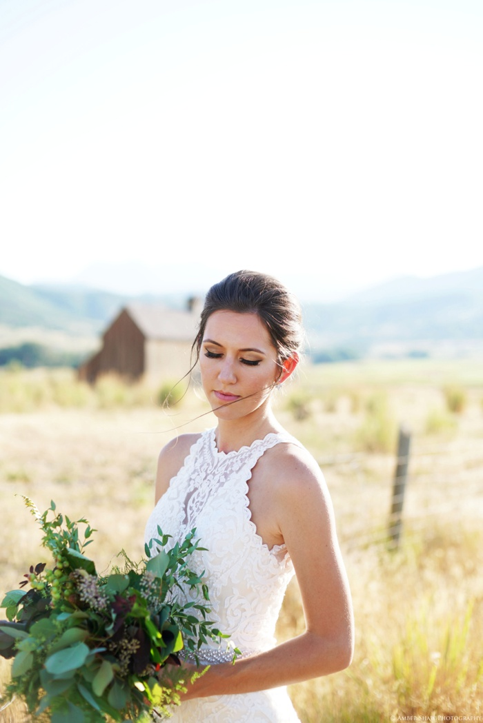 Barn_Nature_Bridal_Groomal_First_Look_Utah_Wedding_Photographer_0020.jpg