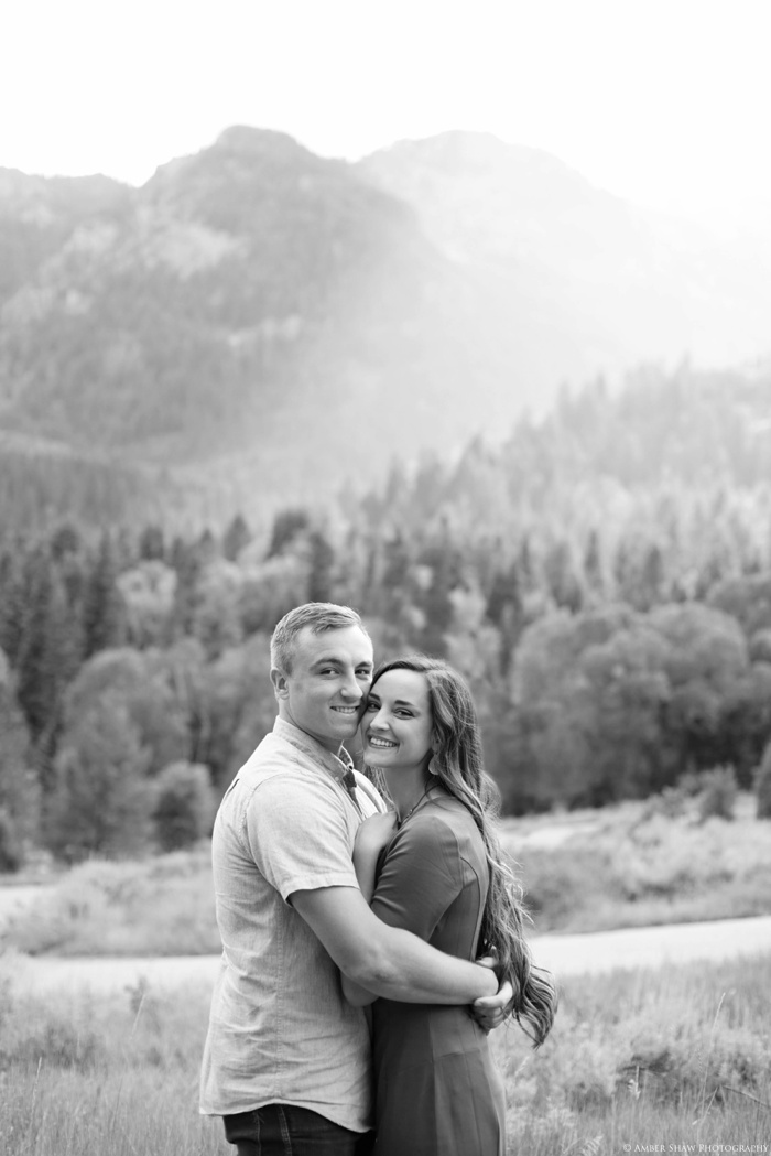 Summer_Mountain_Engagement_Look_Utah_Wedding_Photographer_0039.jpg