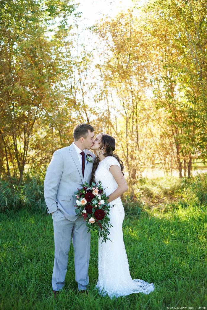Summer_Outdoor_Bridal_Groomal_Utah_Wedding_Photographer_0004.jpg