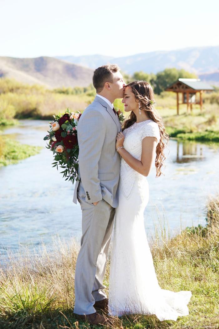 Summer_Outdoor_Bridal_Groomal_Utah_Wedding_Photographer_0019.jpg