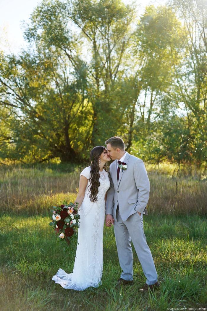 Summer_Outdoor_Bridal_Groomal_Utah_Wedding_Photographer_0025.jpg