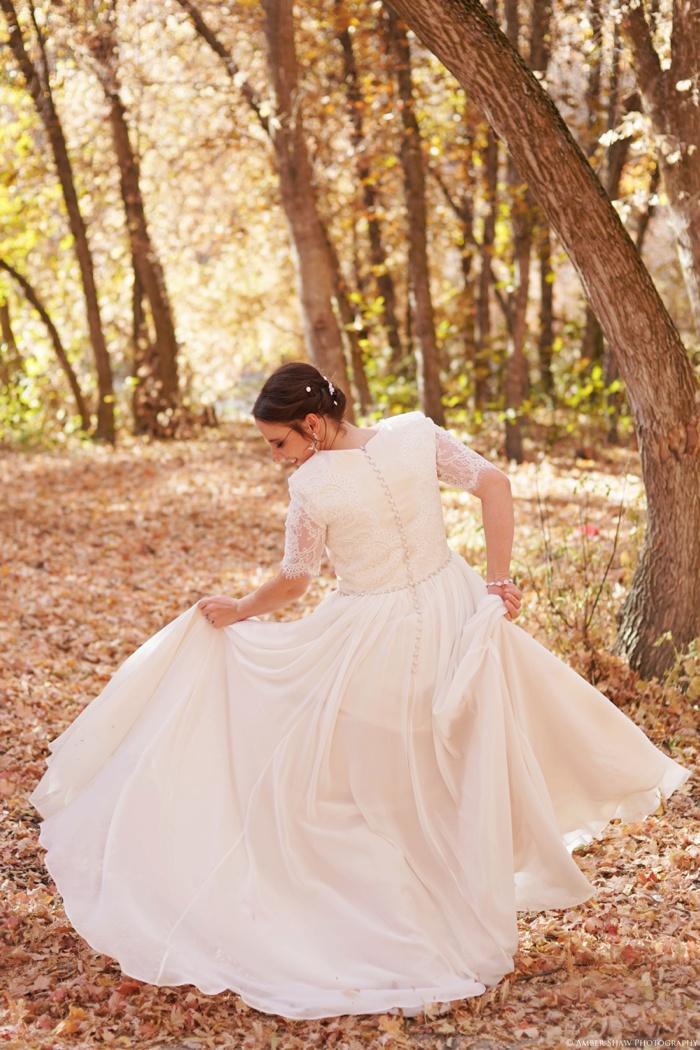 Fall_Payson_Temple_Utah_Wedding_Photographer_0003.jpg