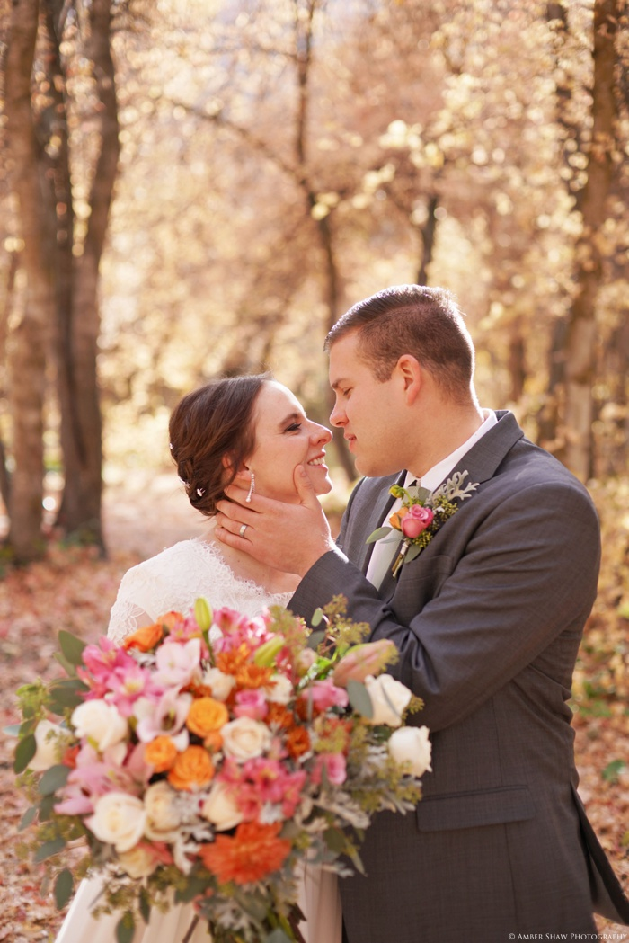 Fall_Payson_Temple_Utah_Wedding_Photographer_0008.jpg