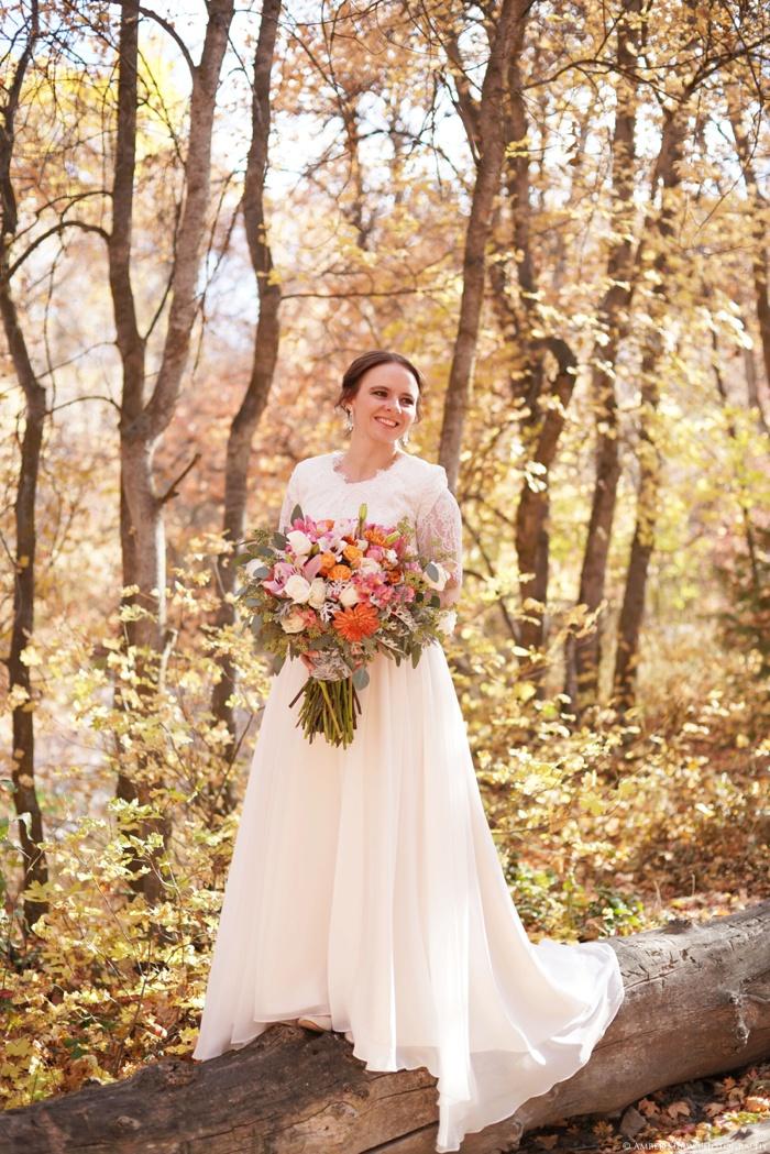 Fall_Payson_Temple_Utah_Wedding_Photographer_0010.jpg