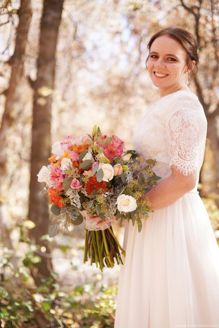 Fall_Payson_Temple_Utah_Wedding_Photographer_0012.jpg